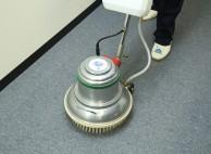専用機材で全体を洗浄