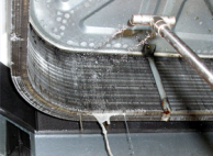 アルミフィン、シロッコファンなどを徹底的に洗浄